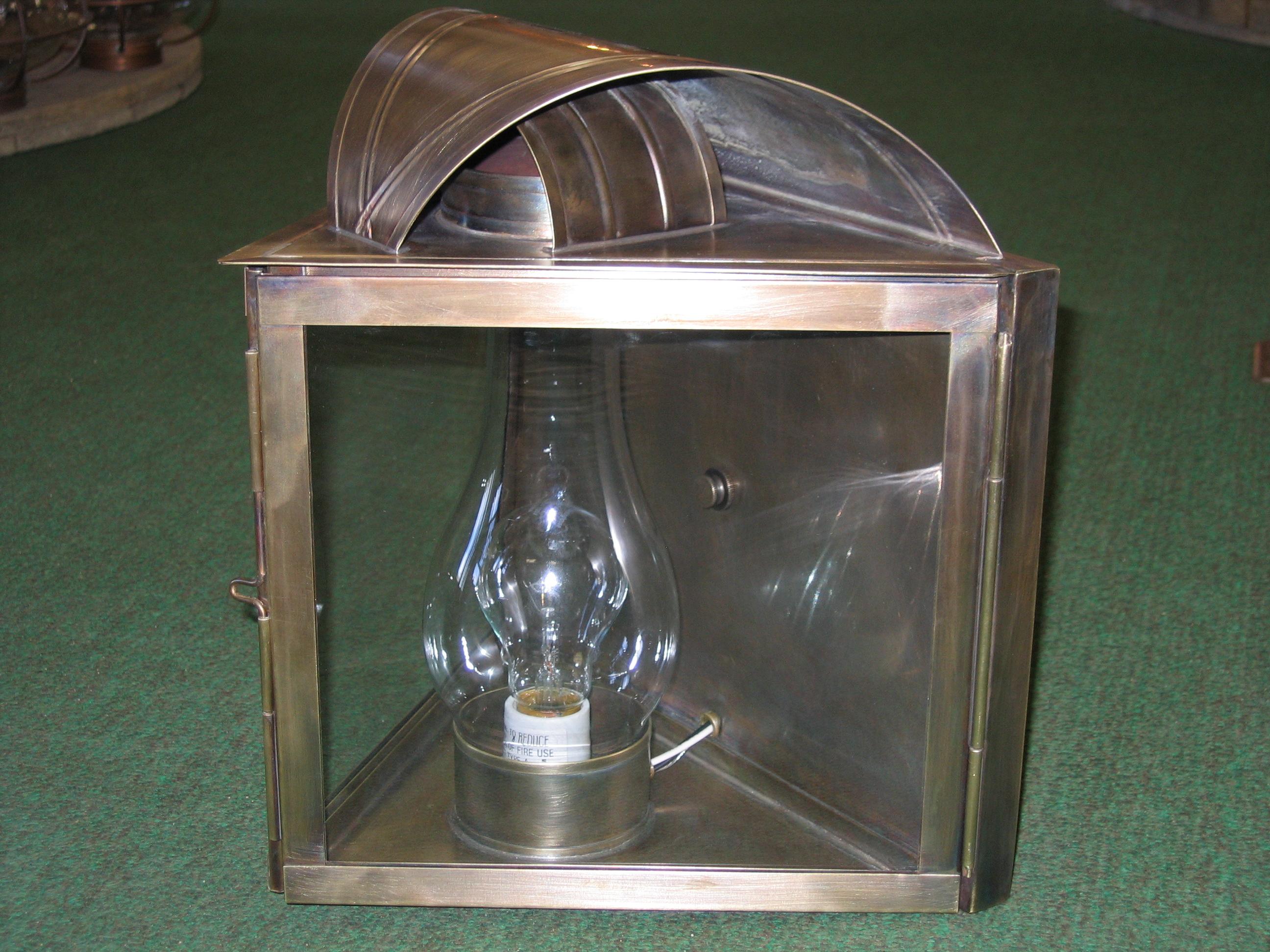 CCLW1 Wilder Stable Lantern