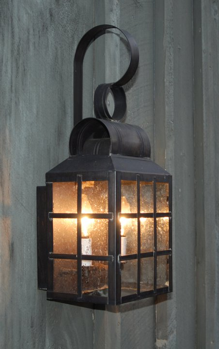CCL8131 Old Greenwich H-Bar Wall Lantern