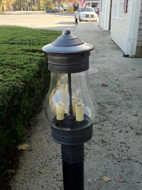 Goldstein809 Post Lantern