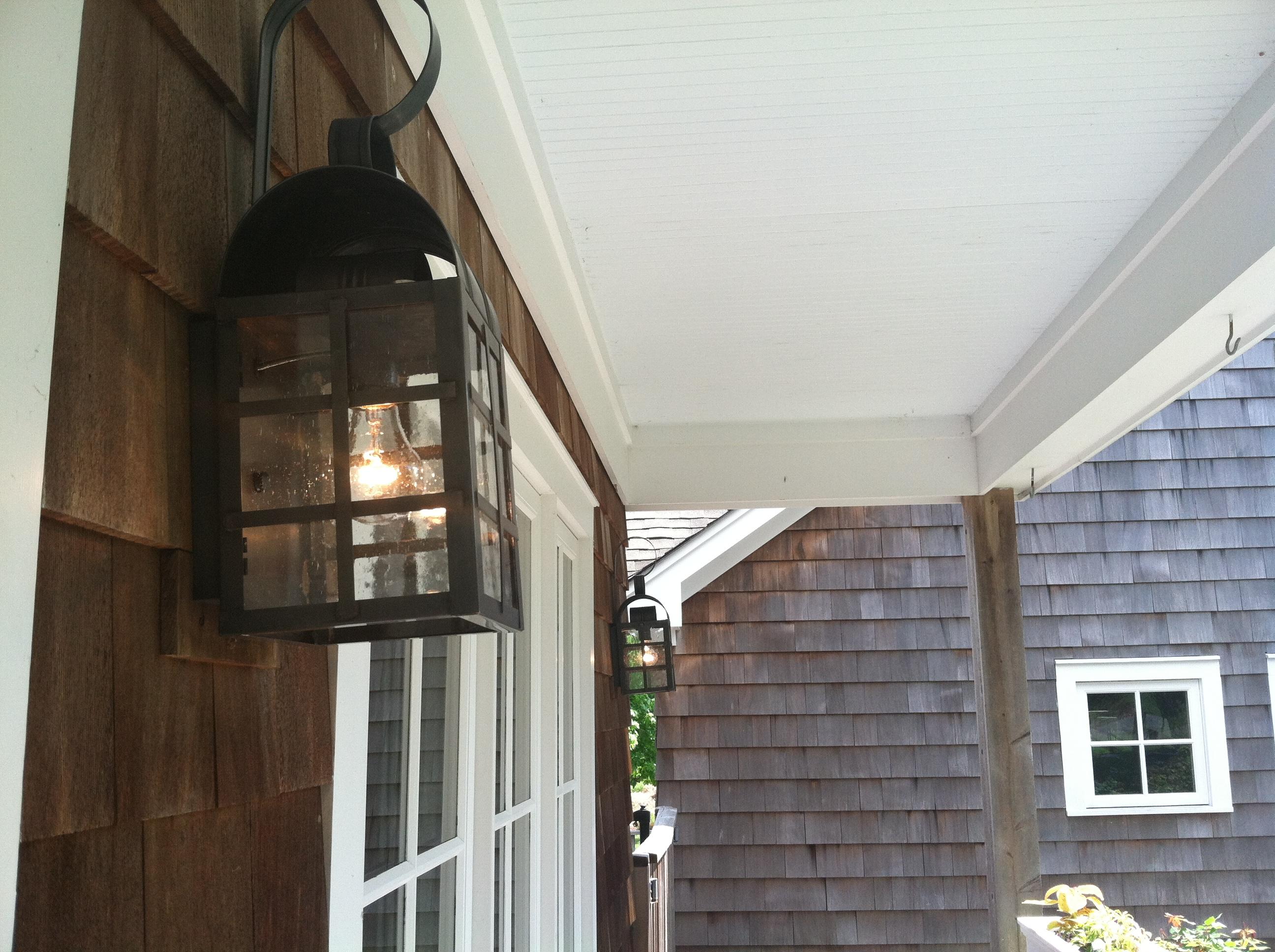 CCL6131 Brewster H-Bar Wall Lantern