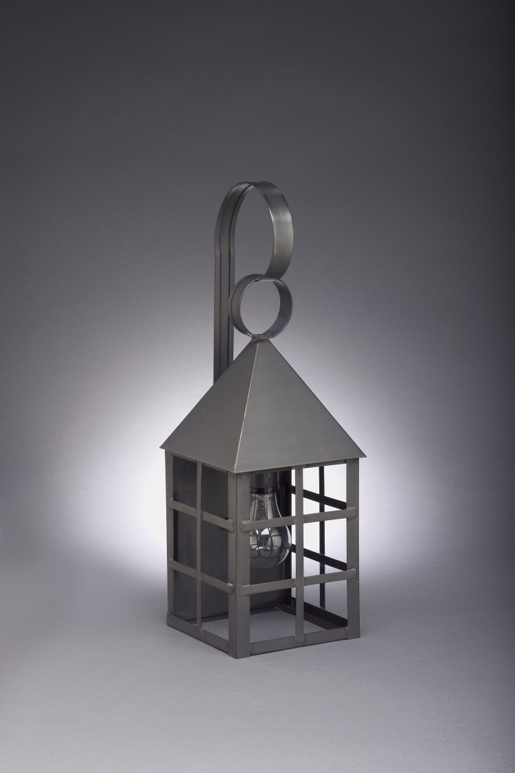 CCL7131 Farmer's H-Bar Wall Lantern