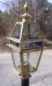 P23 Plymouth Post Lantern