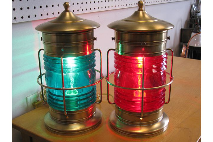 Cape Cod Medium Table Lantern
