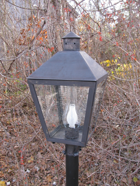 P31 Nantucket Post Lantern